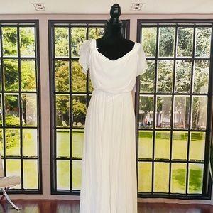 Bisou Bisou off-white off shoulder Maxi Dress